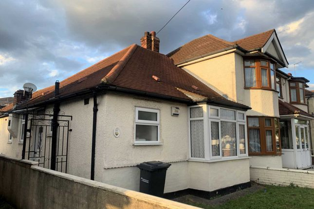 Thumbnail Semi-detached house for sale in Abbey Road, Waltham Cross