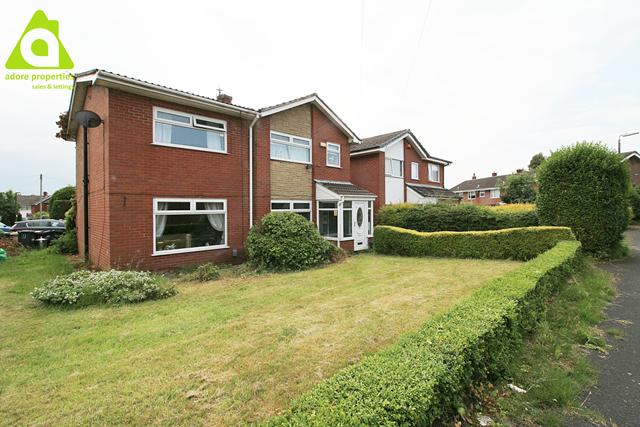 Thumbnail Detached house for sale in Landedmans, Westhoughton