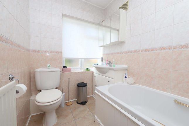Bathroom of Hayes End Drive, Hayes UB4