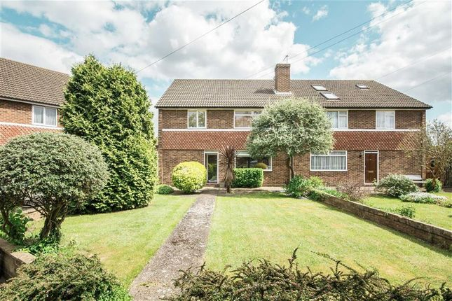 2 bed flat for sale in Dunleary Close, Hounslow