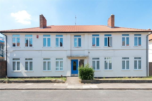 Thumbnail Flat for sale in Meade Close, Chiswick, London