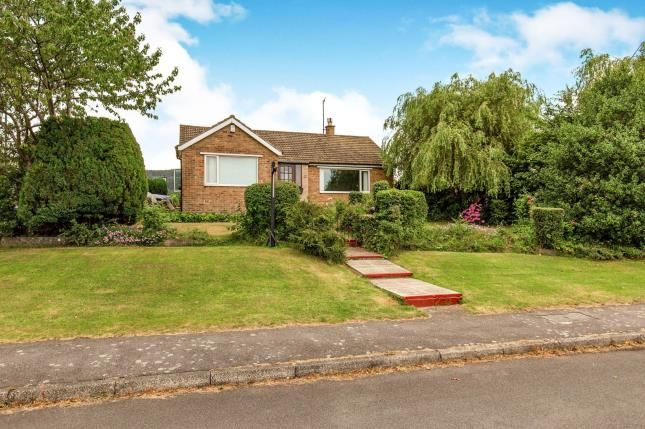 Thumbnail Bungalow for sale in Fanacurt Road, Guisborough, North Yorkshire, Guisborough