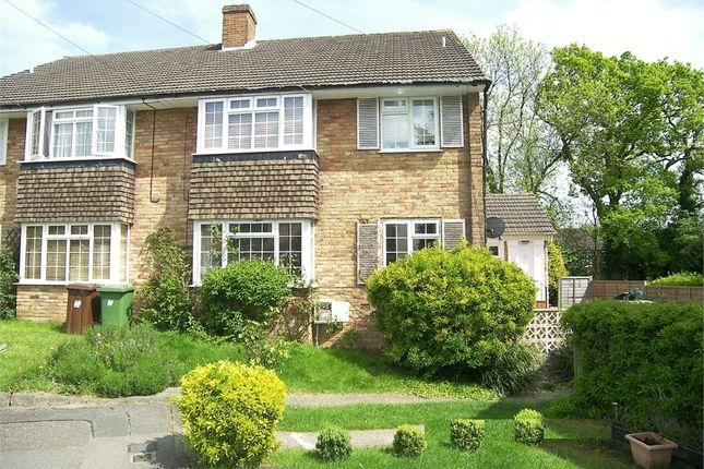 Thumbnail Flat to rent in Faringford Close, Potters Bar