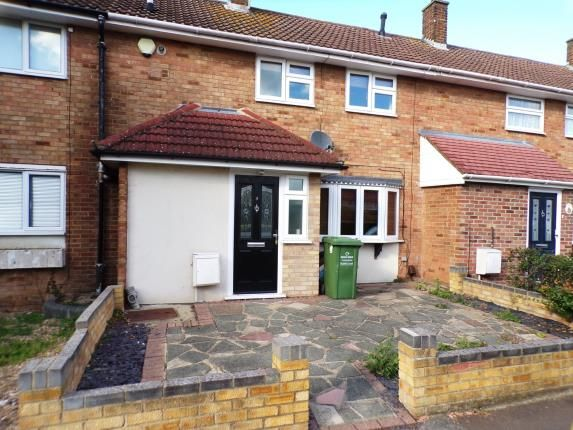 Thumbnail Terraced house for sale in Perry Green, Basildon