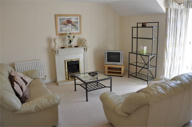 Thumbnail Flat for sale in Stainthorpe Court, Hexham