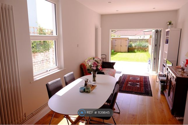 Room to rent in Wellington Hill, Bristol BS7