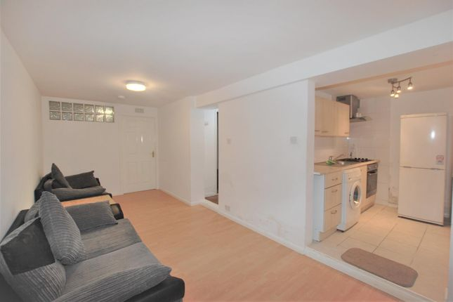 Thumbnail Flat to rent in Park Lane, Wembley, Middleesex