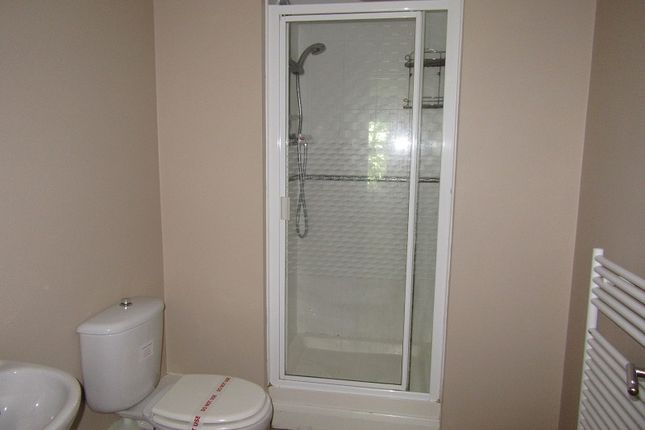 En Suite of Alexandra Apartments, Alexandra Road South, Whalley Range, Manchester. M16