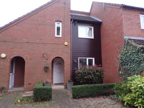 Thumbnail Flat for sale in Haresfield Close, Southcrest, Redditch, Worcestershire