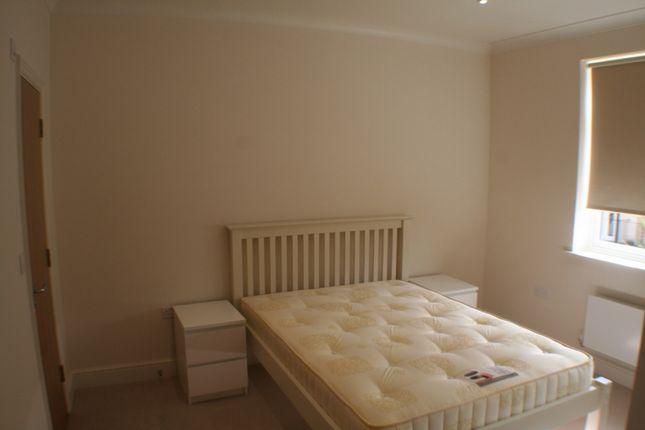 Thumbnail Flat to rent in Mackintosh Street, Bromley
