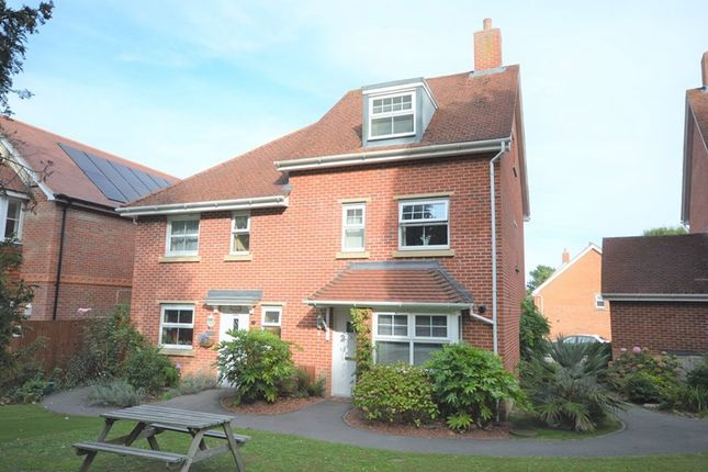 Thumbnail Semi-detached house to rent in Buckland Gardens, Lymington
