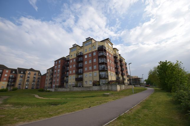 Thumbnail Flat for sale in Palgrave Road, Bedford
