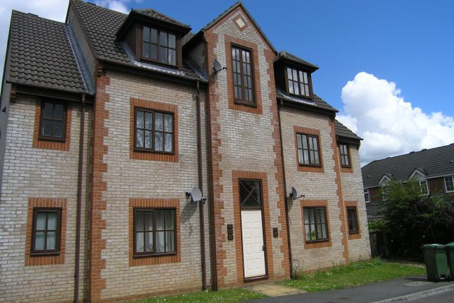Thumbnail Flat to rent in Lansdown Grove, Chippenham