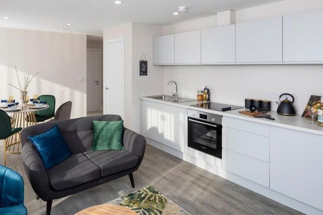 Thumbnail Flat for sale in 35 Stonegate Road, Leeds 4Hz, Leeds