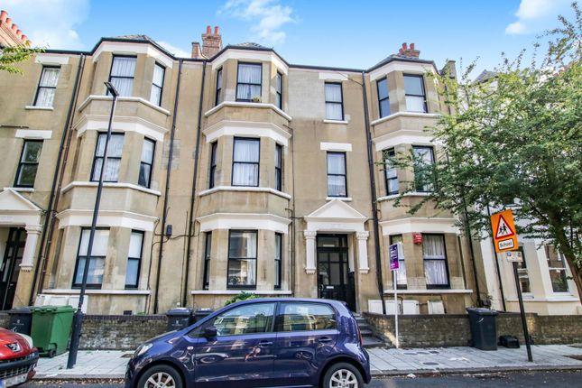 The Property of Mowll Street, Oval / Brixton SW9