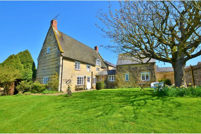 Thumbnail Cottage for sale in Water Lane, Bradden