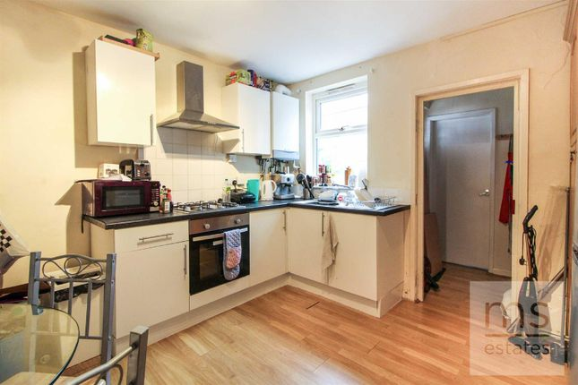 Terraced house to rent in Cecil Street, Lenton, Nottingham