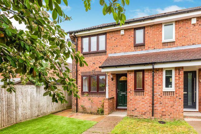 Thumbnail Semi-detached house for sale in Corfe Close, Hemel Hempstead