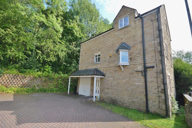 Thumbnail 3 bed detached house to rent in Lower Fold, Marple Bridge, Stockport