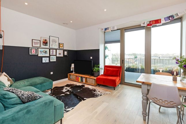 Thumbnail Flat for sale in 266 Balham High Road, Balham