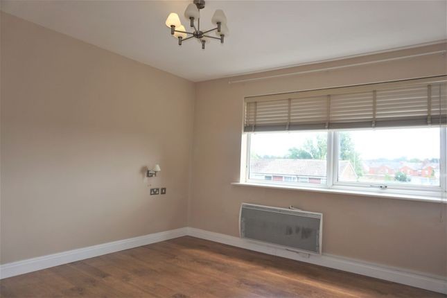 Master Bedroom of 33 Barnwood Close, Reading RG30