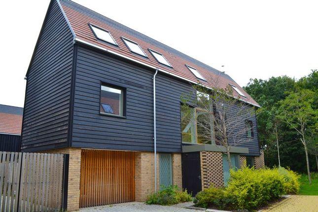 Thumbnail Detached house to rent in Royal Way, Trumpington, Cambridge