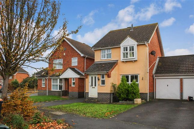 Thumbnail Link-detached house for sale in Hawthorn Road, Kingsnorth, Ashford, Kent