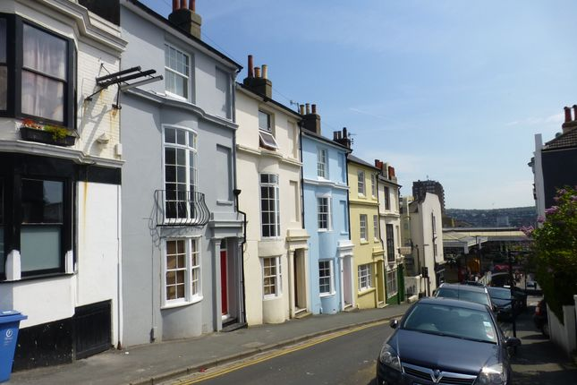 Thumbnail Town house to rent in Student House - Guildford Road, Brighton