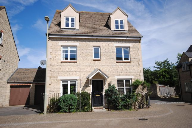 Thumbnail Link-detached house for sale in Compton Way, Witney