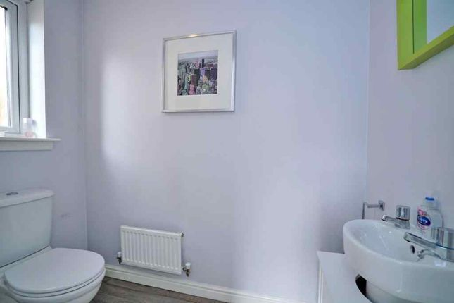 Cloakroom of Newlands Crescent, Cove, Aberdeen AB12