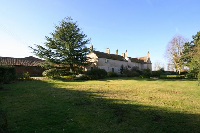 Thumbnail Farmhouse to rent in Crabbe Road, Wighton, Wells-Next-The-Sea
