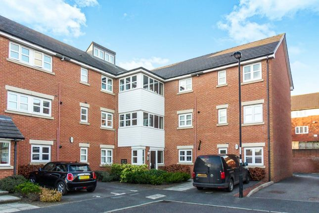2 bed flat to rent in Hawks Edge, West Moor, Newcastle Upon Tyne