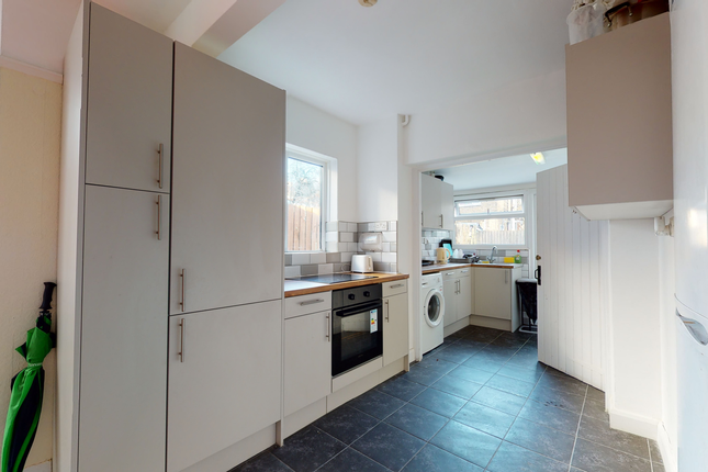 Thumbnail Flat to rent in Endsleigh Gardens, Ilford, London