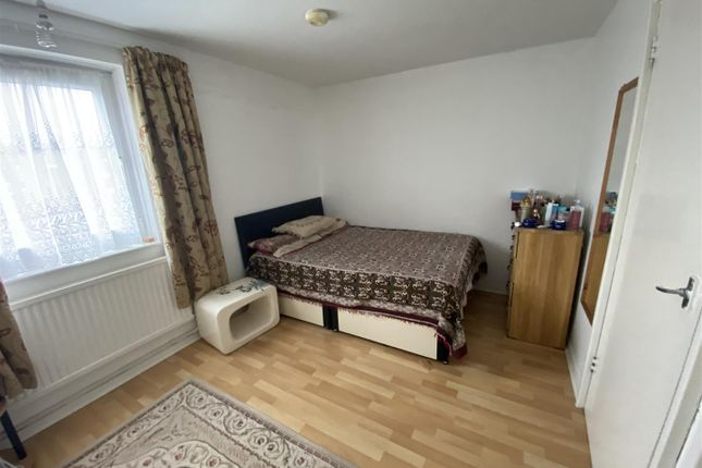 1 bed property for sale in Victoria Crescent, London N15
