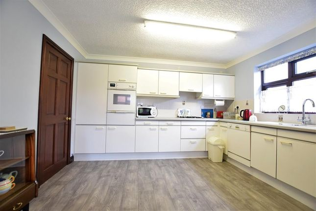 Kitchen of Greengarth, Bottesford, Scunthorpe DN17