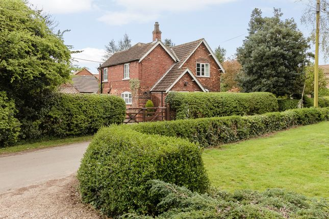 Thumbnail Detached house for sale in Haytons Lane, Scunthorpe