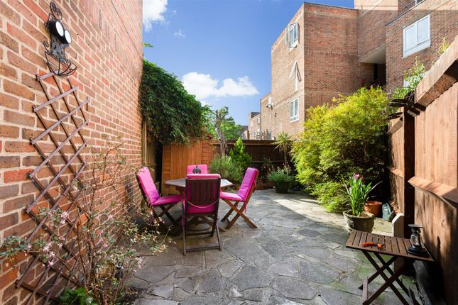 Thumbnail Flat for sale in St. Peter's Close, London