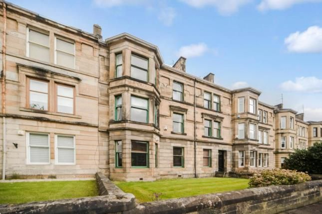 3 bed flat for sale in Greenlaw Avenue, Paisley, Renfrewshire PA1