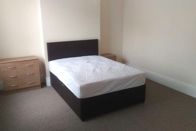 Thumbnail Shared accommodation to rent in Cheshire, Warrington, Cheshire
