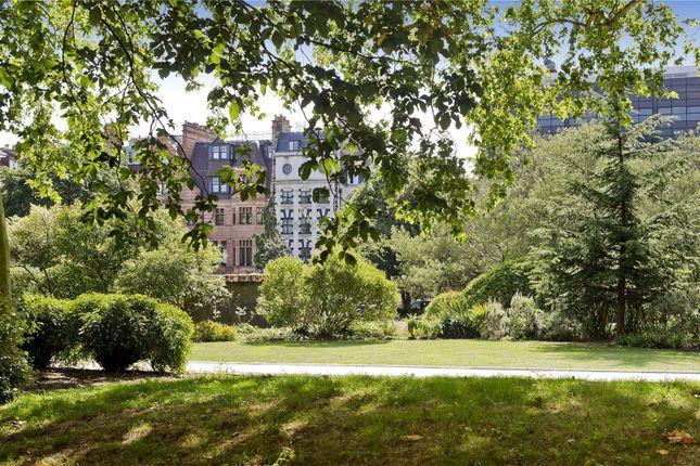 Communal Garden of Cadogan Place, London SW1X