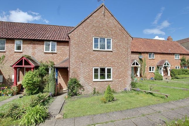 2 bed terraced house to rent in Frome Road, Trowbridge BA14