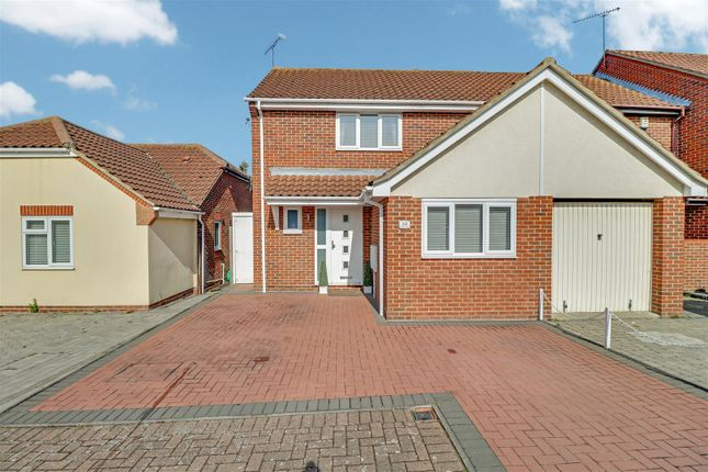 3 bed semi-detached house for sale in Denham Vale, Rayleigh SS6
