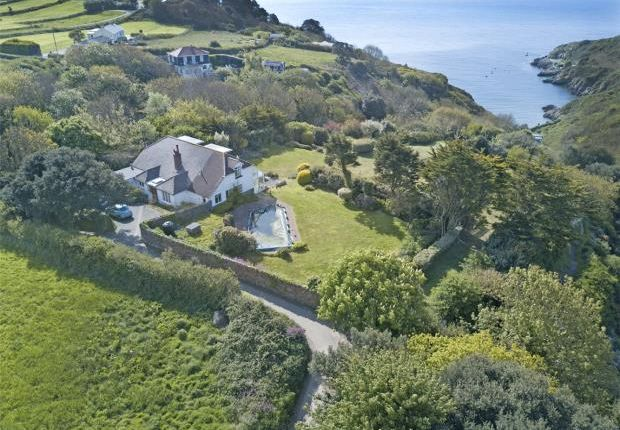 Thumbnail Detached house for sale in Val Au Bourg, St Martin's, Guernsey