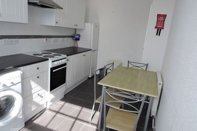Thumbnail Flat to rent in Abbey, Torbay Road, Torquay
