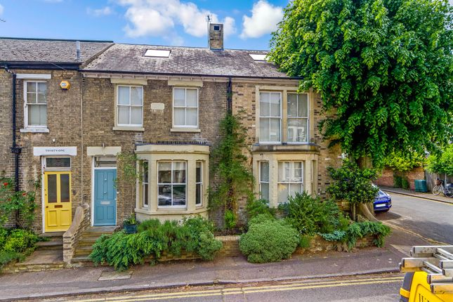 Thumbnail Semi-detached house for sale in Hertford Street, Cambridge