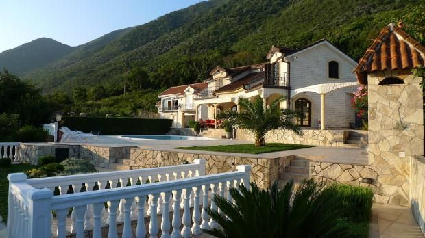 Thumbnail Property for sale in Two Luxury Villas, Stoliv, Kotor Bay, 85334