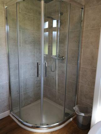 Quadrant Shower of 306 Norton Park, Dartmouth TQ6