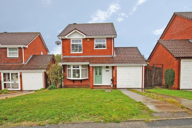 Thumbnail Detached house for sale in Mercot Close, Redditch