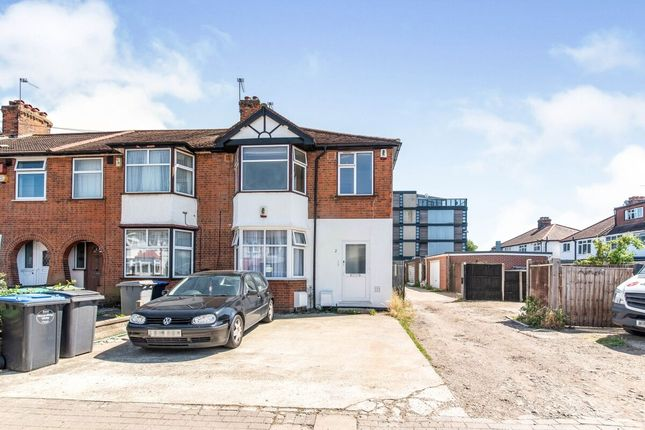 Thumbnail Flat to rent in Leybourne Road, London
