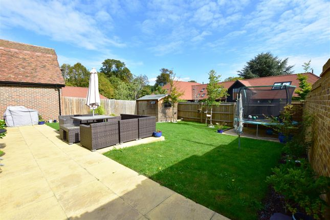 Garden of Fred Mead, Southfleet, Gravesend DA13